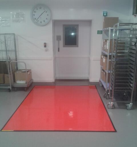God hygien börjar på golvet ‒ Antibakteriell golvbeläggning till salu - antibakteriell golv - god hygien på golvet
