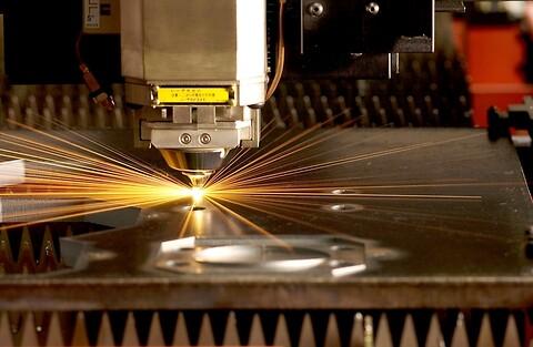 Laserskjæring med 6KwH fiberlaser