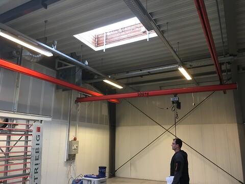 Brugte letløbskraner 500 kg spænd 5 mtr x 12 mtr bane sælges
