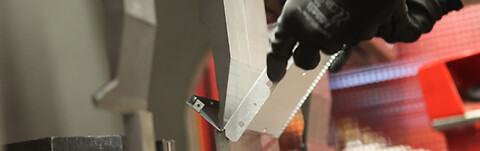 IQ Metal tilbyder CNC kantbukning - IQ Metal, Kantbukning,