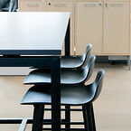 Mødelokale mødebord mødestole højbord højstole barstole kontorindretning indretning erhverv