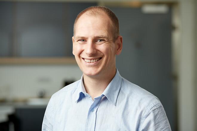 Sjabbe Jan Tang van der Weij, Door System A/S, intern salgskoordinator