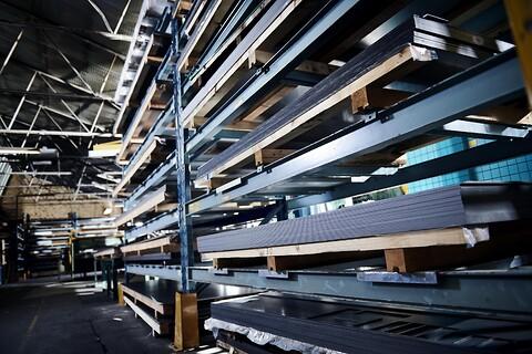 Robuste reoler - Stålreol,  pallereol, gren reol kundespecifik reoler fra Skov Industri A/S