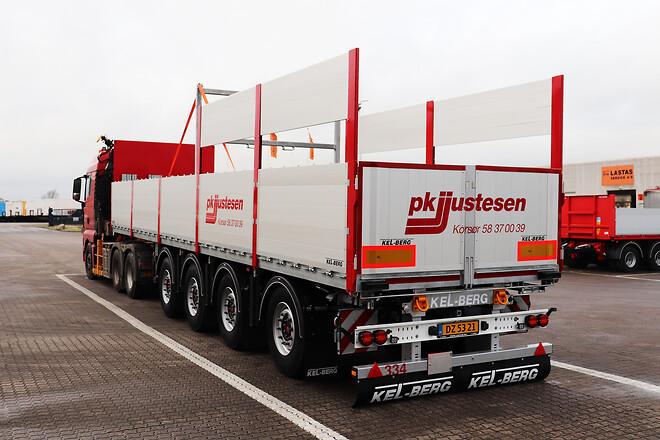Kel-Berg 4 akslet  sværlasttrailere opbygget til pallegods transport fra Lastas
