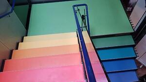 Linoleum på trapper behøver ikke at være kedeligt...