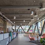Människor som trivs bra presterar bättre. Så lyder filosofin bakom Eminent som är den första WELL-certifierade kontorsbyggnaden i Norden och som därmed har skapats för att främja människors trivsel. Eminent är också Miljöbyggnad-certifierad på guldnivån. Projektet nära Malmö ritades av Kanozi Arkitekter.
