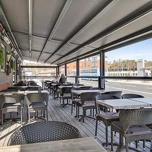 Solafskærmning-markise-overdækning-cafenoah-Hobro-23