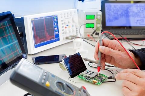 Develco udvikler unikke teknologiske produktløsninger - Hardware\nSoftware\nMekanik\nDevelco\nProduktudvikling\nUdviklingspartner\nTeknologi