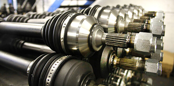 Världens bredast sortiment av drivaxlar till Volvo hos Drivknuten.se