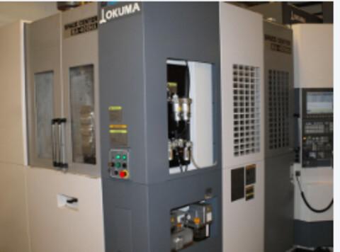 Okuma Space Center  hos Svend´s Værktøj ApS - Okuma Space Center MA-400HA4 akset bearbejdnings center med palette skift\nX:560 mm\nY:610 mm\nZ:625 mm