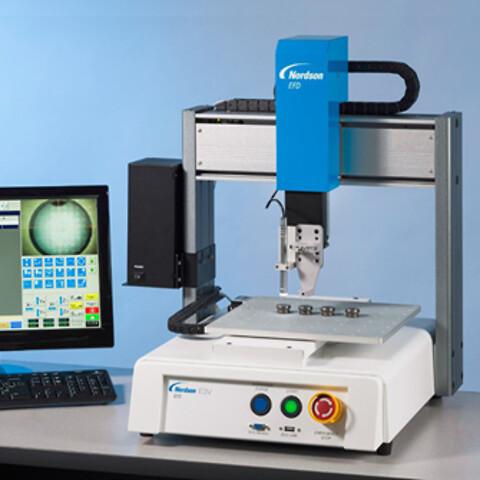 In-house testcenter med EFD robot og volumetrisk mikrodispenser