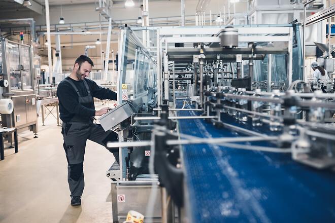 Det er vigtigt at sikre en korrekt luftfugtighed for produktionens skyld og for de ansattes helbred.