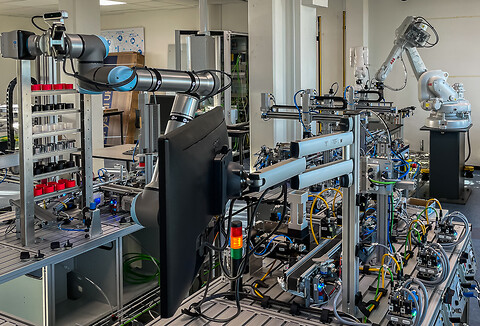 CE-mærkning af automations- og robotløsninger - Universal Robots, ABB, KUKA, robotter, Festo, Pneumatik, Styring, Servo, Automatisering