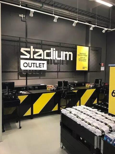 Stadium Outlet nära 50 butiker Dagens Handel