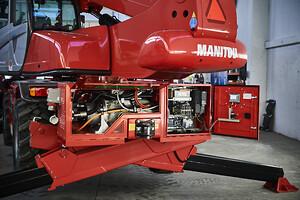 1.En Manitou i MRT-serien med Bi-Energy som gör att den kan köras på med nätansluten el.
