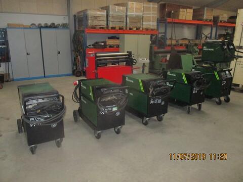 Fra skole sælges mange velholdte svejsemaskiner