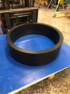 POM-C Sort Ringer Ø 1110/980x50 mm ut av 50 og 60 x 1220  mm plate
