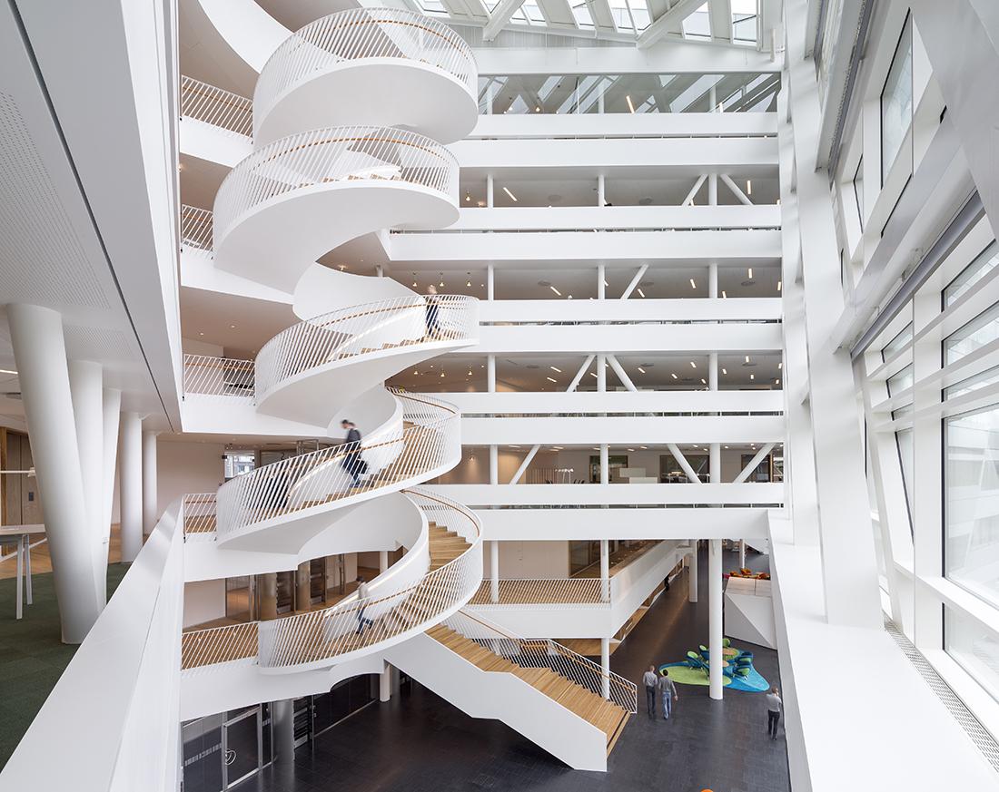 CSK satser på trapper og altaner - Mester Tidende