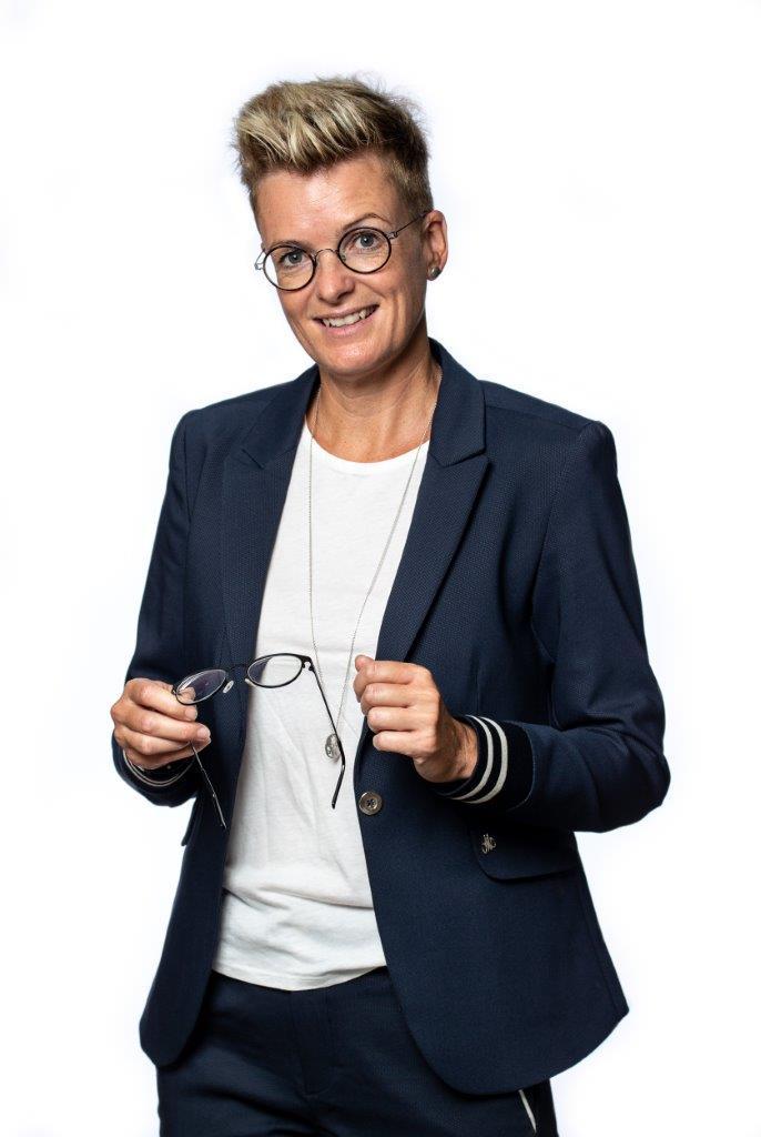 5547321ffa80 Louise Hagh slår dørene op til sin egen optikerforretning i Støvring. Foto   PR