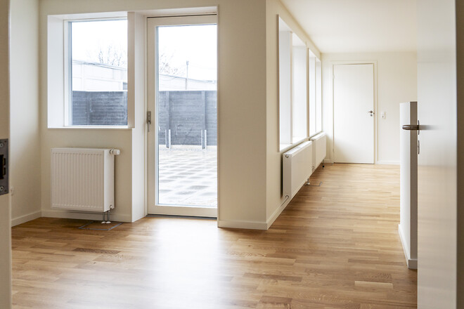 Nye vinduer, døre og gårdarealer er blandt forbedringerne i Albertslund Vest.