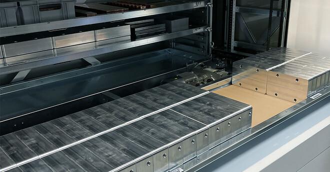 Komprimeret lager | 16 m2 hyldeplads på 4 m2 gulv i lagerautomat