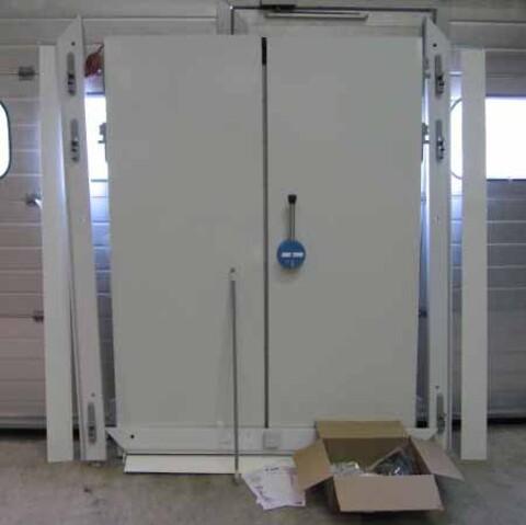 Isocab 2-fløjet kølerumsdør
