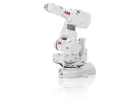 RobotNorge selger IRB 140 - liten, kraftig og solid 6-akse robot fra ABB