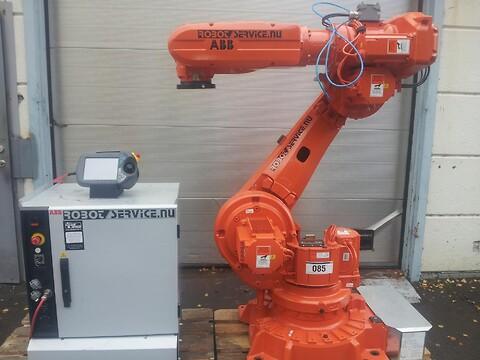 ABB robot IRB6620 IRC5 130kg/2.2m M2004 FYND !!!