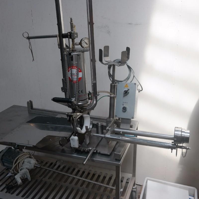 FREY pølsestopper med TipperTie dobbelt clipsemaskine - Wood Supply DK