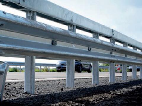 Autoværn til kørebanearealer begrænser skader - Autoværn til kørebanearealer begrænser skader