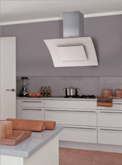 CATAs elegante og flotte vertikale emhætte i sort eller hvidt glasdesign - Building Supply DK