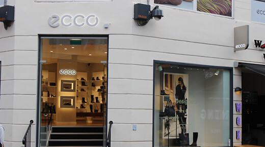 d1b36d3d993 ... Ecco-butik på Amagerbrogade 51 er 45-årige Katrine Rugaard. Arkivfoto:  RetailNews.
