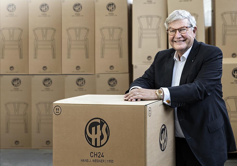 26e6ceb5a4e Den internationale efterspørgsel efter virksomhedens danske  designklassikere, som for eksempel Hans J. Wegners kvalitetsmøbler, har  aldrig været større.