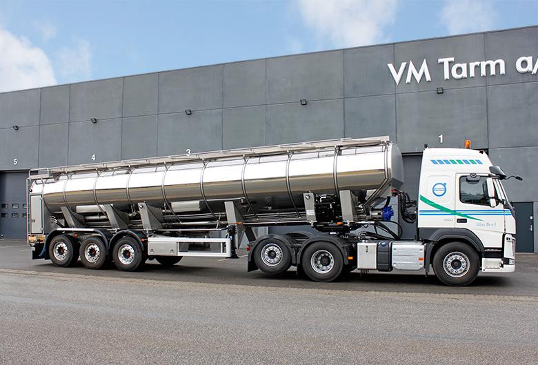 VM Tarm a/s leverer flot minkfodertrailer til Sydvestjysk Pelsdyrfoder A.m.b.a. - Transportmagasinet