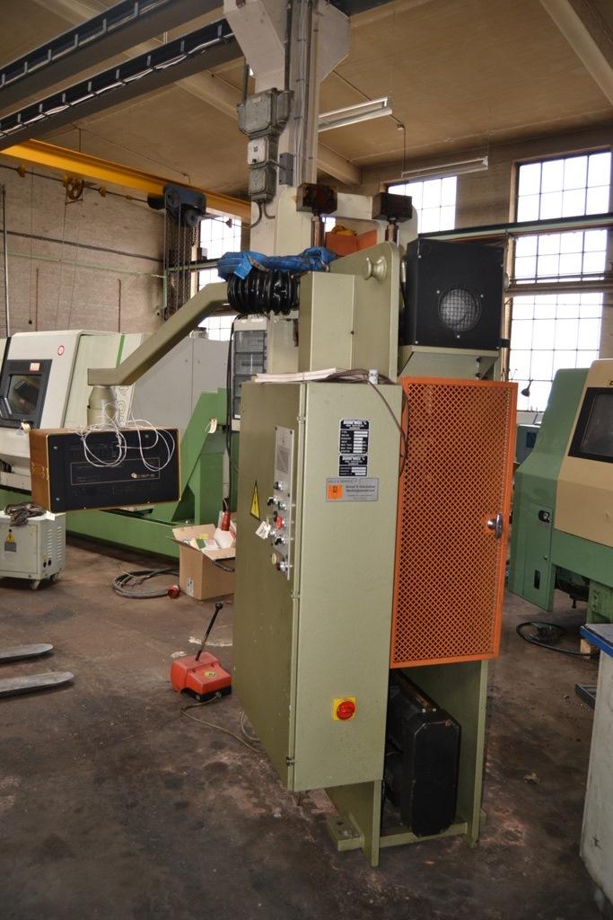 Donewell C25 - CNC Kantpresse - Metal Supply DK
