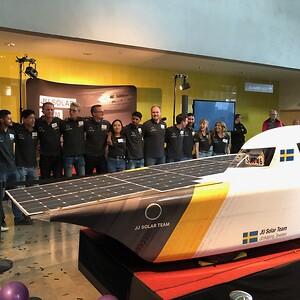 Avtäckning Solbil JU Solar Team