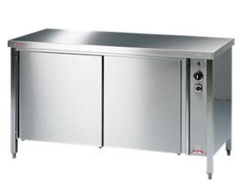 Borde, hylder og varmeskabe fra Klemco Service ApS