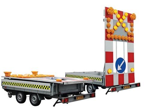 Styr trafikken med tavlevogne