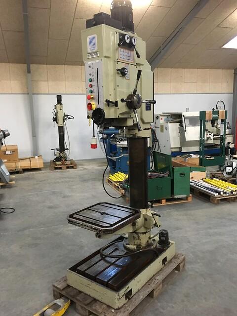 Brugt kraftig Erlo søjleboremaskine type TCA 50 sælges