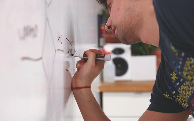 Whiteboardtavlor välbehövliga - även till hemmakontoret