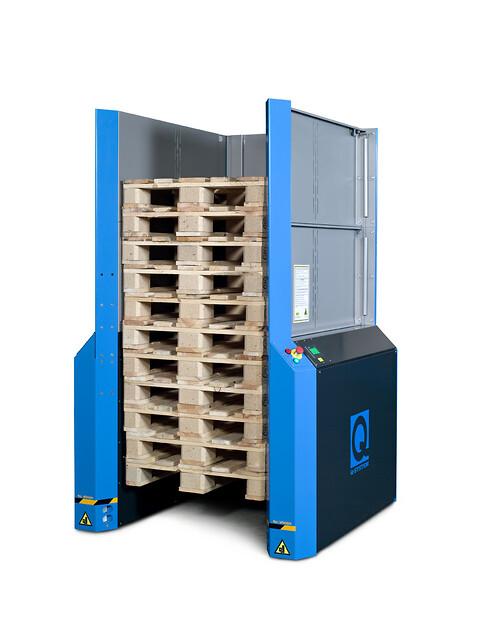 Automatisk stabling og nedstabling af 15 paller med et elektrisk pallemagasin giver mange fordele - Elektrisk pallemagasin til EURO og industripaller