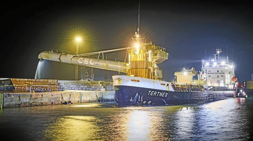 Første skib anløb Esbjerg Havns nye bulkterminal