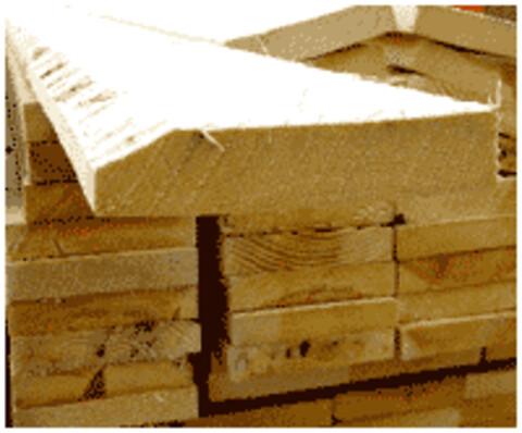Komponenter til møbler tilbydes i nåletræ og løvtræ - råtræ, tørt råtræ