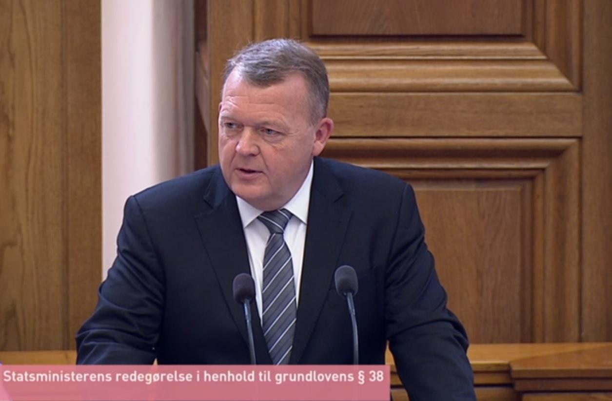 7343d1a8 Om 12 år er det slut med salg af nye benzin- og dieselbiler, erklærer  statsminister Lars Løkke Rasmussen (V) i sin åbningstale.