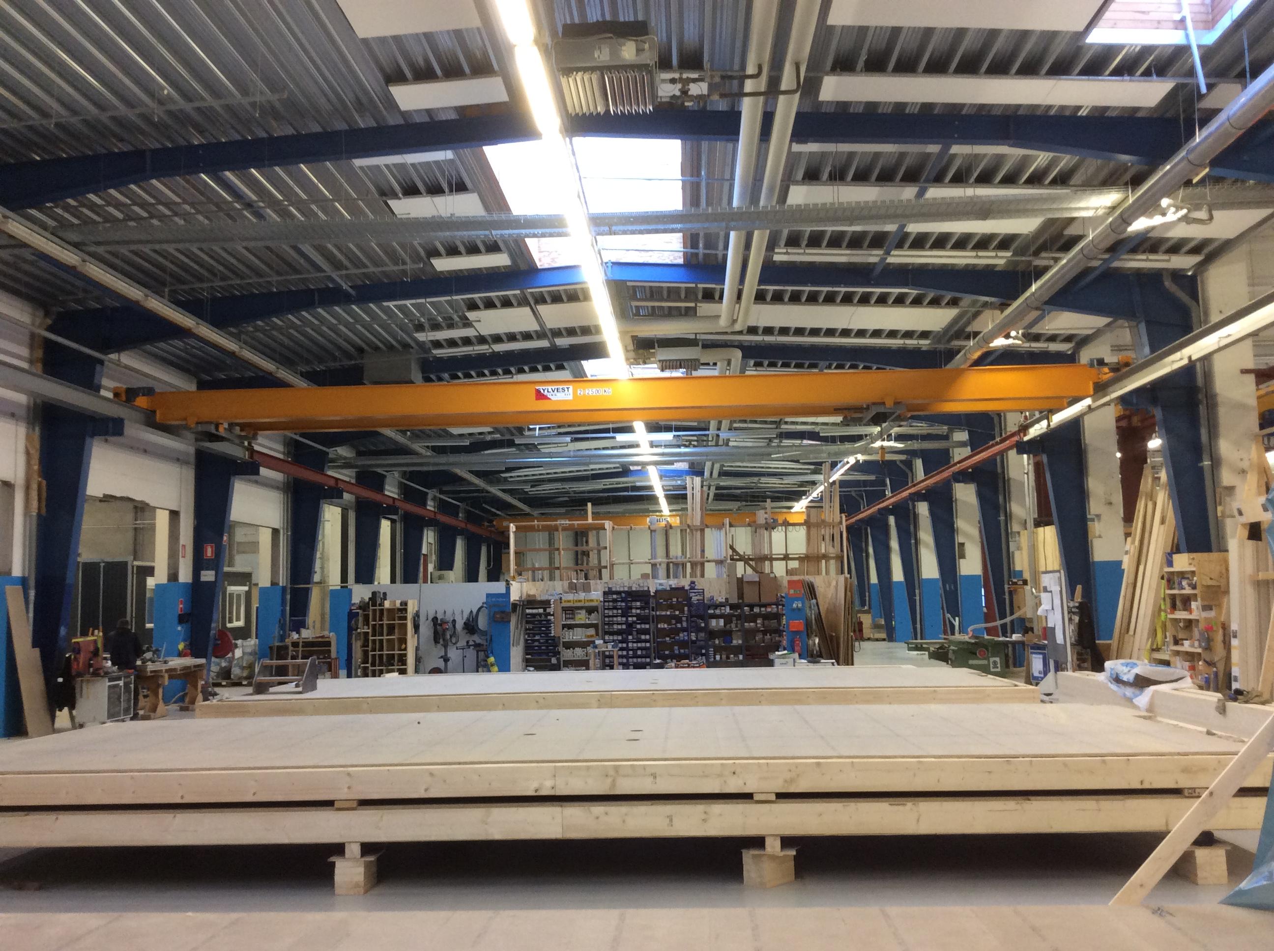 SYLVEST TRADING har flyttet 3 stk traverskraner - Metal Supply DK