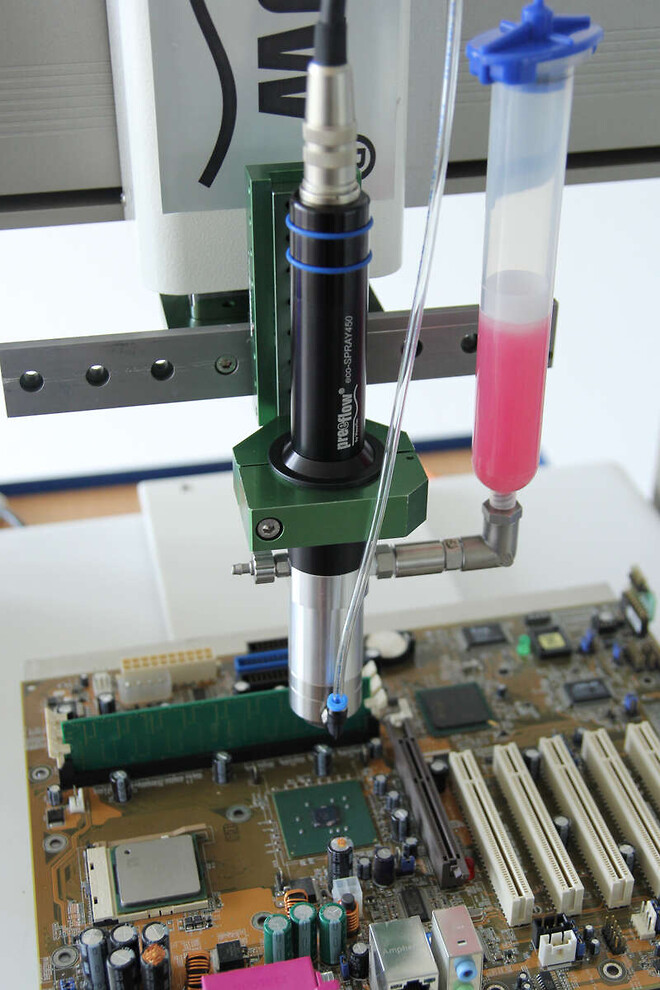 eco-spray-application-with-cartridge