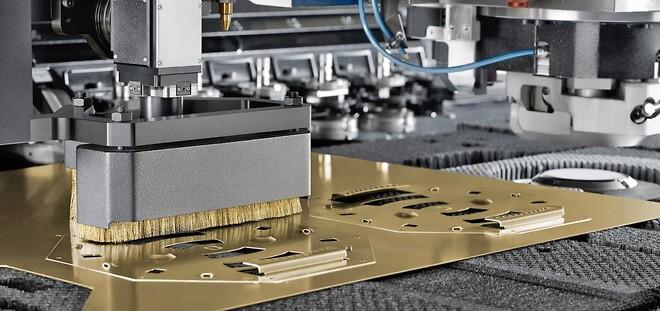 Laserstandser med messingbørstelister\n