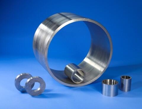 Slyngstøbt stål (rørformet), YD 60-2.000 mm, over 400 forskellige ståltyper