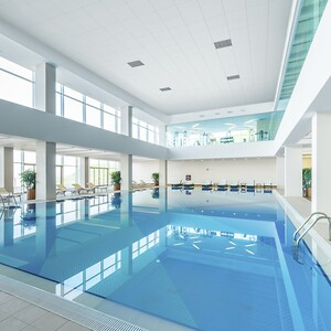 181621 Swimming pool in healthy concept 600x1200 1200px