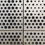 Udover fremstilling, anodisering og billedperforering var RMIG også ansvarlig for bukning og nummerering af de 470 individuelle perforerede metalplader for at gøre dem klar til montering
